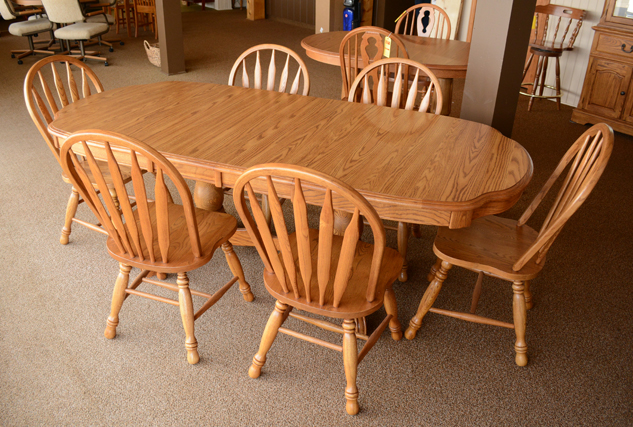 Cochrane Kitchen Table And Chairs